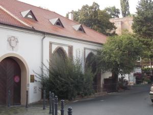 Parte trasera de la Abadía de Mendel